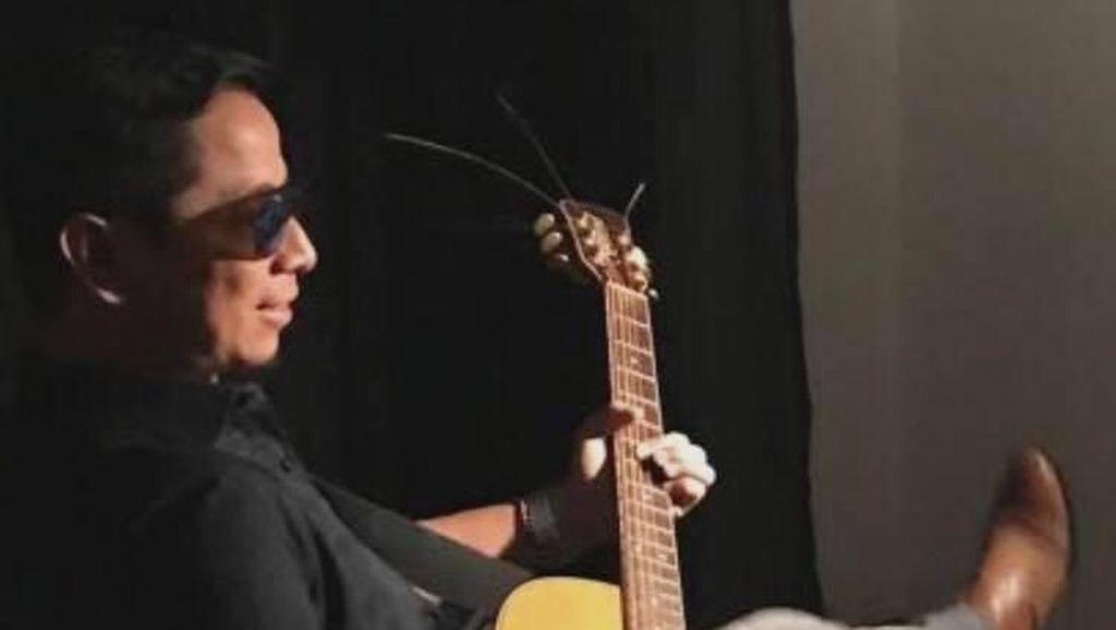 Sang Alang Bikin Lagu Kampanye Prabowo-Sandi, Begini Liriknya