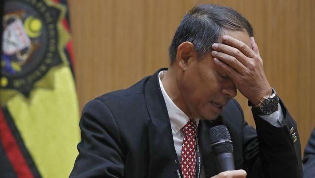 Menangis, Ketua Komisi Antikorupsi Beberkan Tekanan Selidiki 1MDB