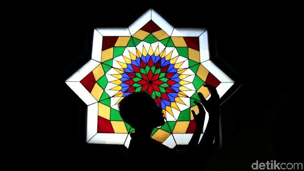 Keindahan Arsitektur Masjid Raya Jakarta Islamic Centre