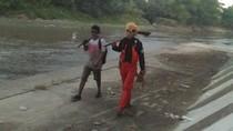 Aksi Naruto Bersih-bersih Bengawan Solo dan Tepis Pencitraan Hokage