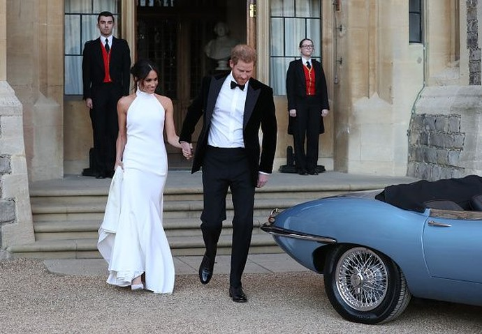 Kerennya Mobil Jadul Pangeran Harry Seharga Rp 7 Milliar