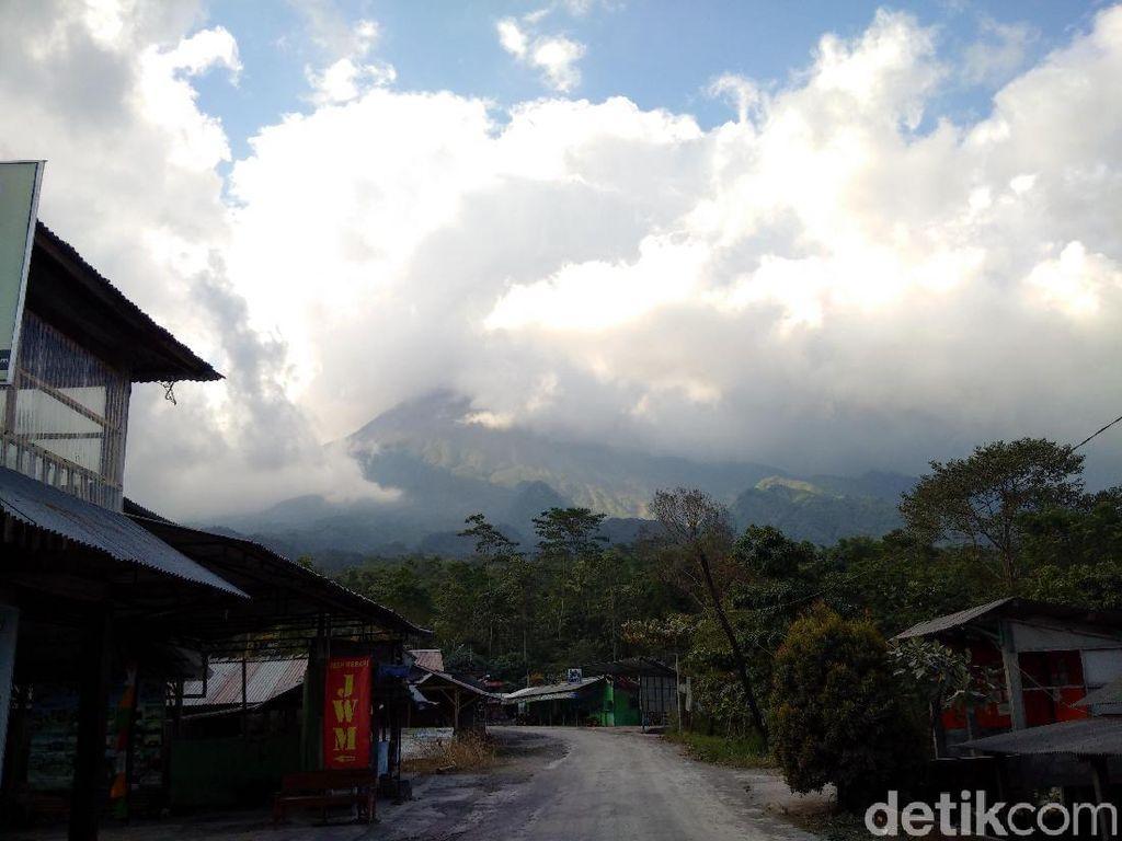 Gunung Merapi Kembali Erupsi Pagi Ini