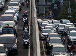 Jelang Waktu Berbuka, Jalan Casablanca Mengular Panjang