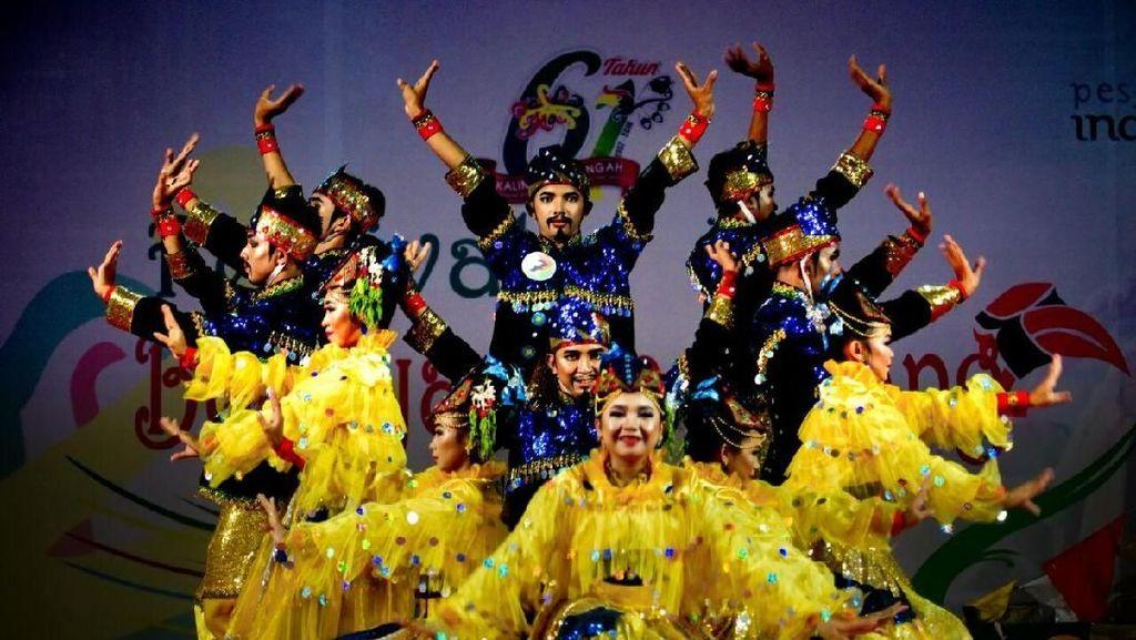 Kekayaan Budaya Nusantara Dipamerkan di Cianjur