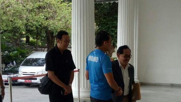Meski sepi, Sandiaga tidak akan melakukan evaluasi terhadap sistem pengaduan di Balai Kota.