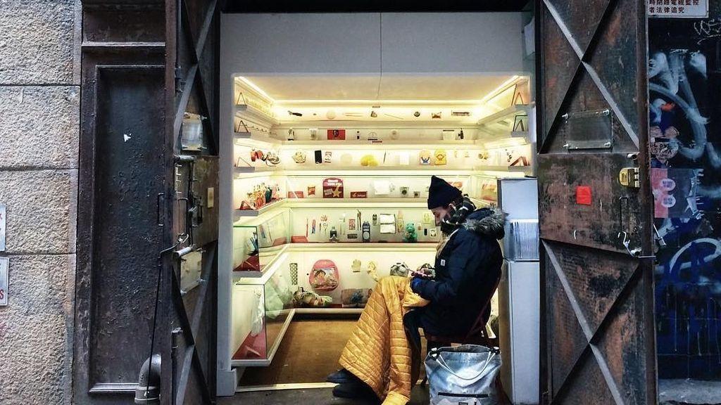Foto: Museum Nyentrik Cuma Seukuran Lift