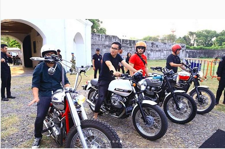 Gibran Rakabuming Raka naik motor Moto Guzzi. Foto: Instagram/chillipari