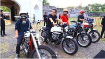 Tak Kalah dengan Jokowi, Begini Gaya Gibran Main Motor