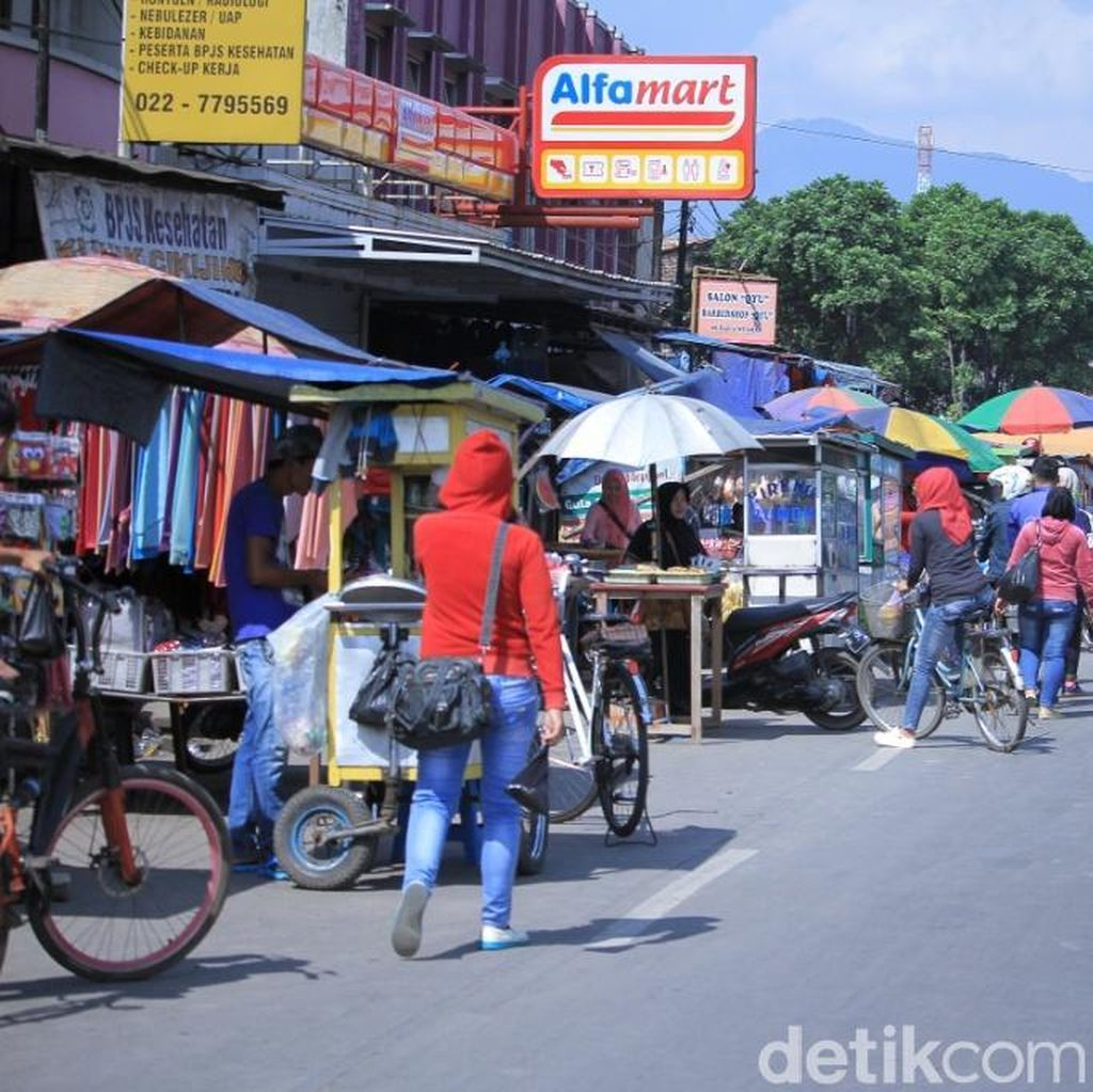 Polisi Minta H-7 Jalur Mudik Bandung-Gatut Harus Steril PKL