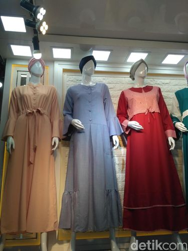 Tren baju gamis lebaran di Thamrin City