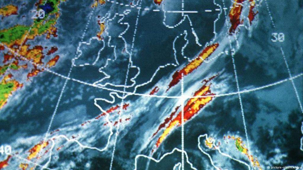 Ilmuwan Kembangkan Peringatan Dini Cuaca Ekstrem Berbasis Satelit