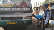 Jelang Mudik, Petugas Gabungan di Trenggalek Gencar Razia Bus