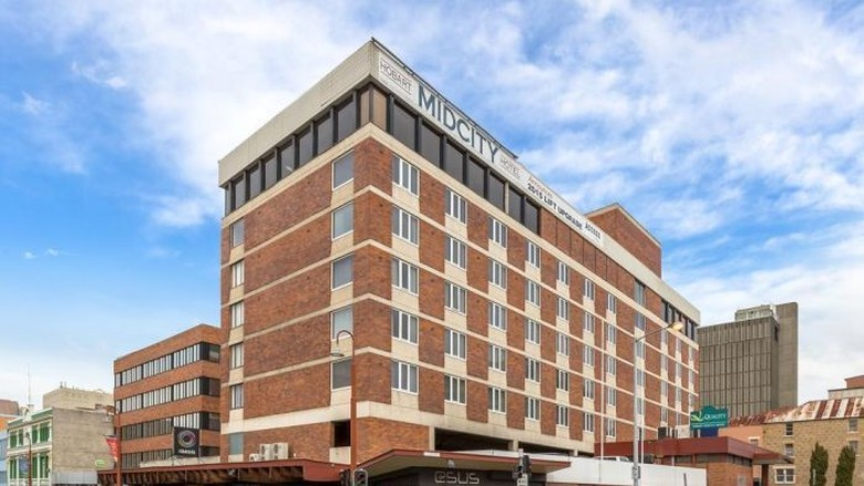 Universitas Tasmania Beli Hotel Untuk Asrama Mahasiswa