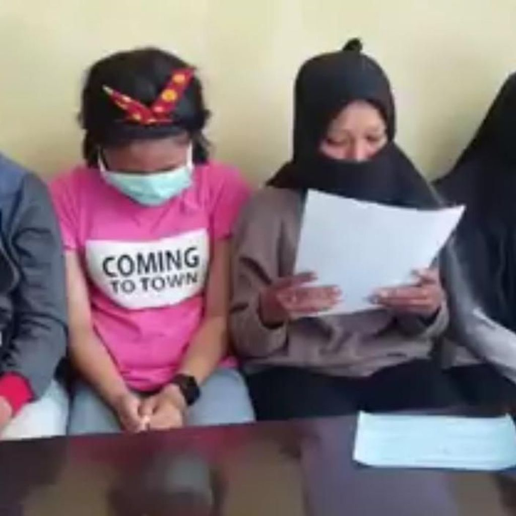 Viral Joget Tik Tok di Jalan, 4 Gadis Ini Minta Maaf