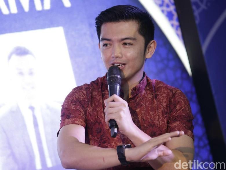 Lama Tak Muncul di TV, Nicky Tirta Sibuk Bisnis Kue