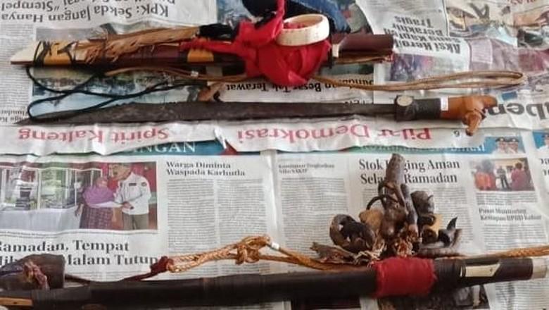 Dua Mandau Sakral Tambah Koleksi Museum Balanga Kalteng