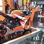 Ada Model Baru, Motor KTM Lawas Didiskon