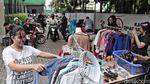 Mengintip Bazar Baju Murah Ramadan di RSUD Tanjung Priok