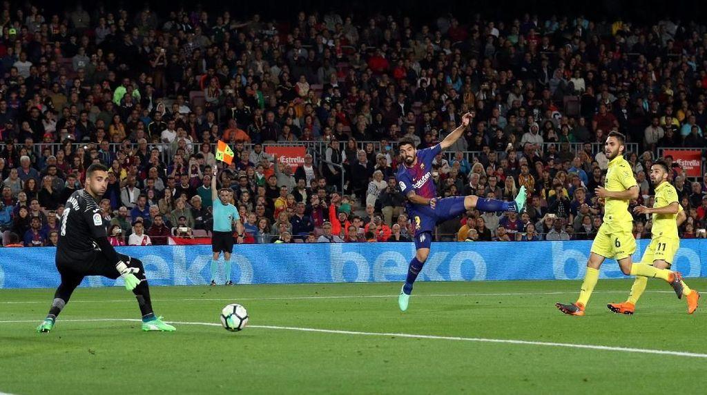 Suarez Teratas, Ini Para Pemain yang Paling Sering Offside