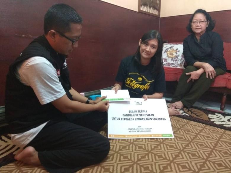 Ini Bentuk Empati Masyarakat kepada Keluarga Korban Bom Surabaya