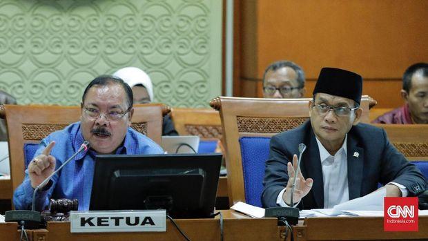 DPR-Pemerintah Bahas Frasa dalam Definisi RUU Terorisme