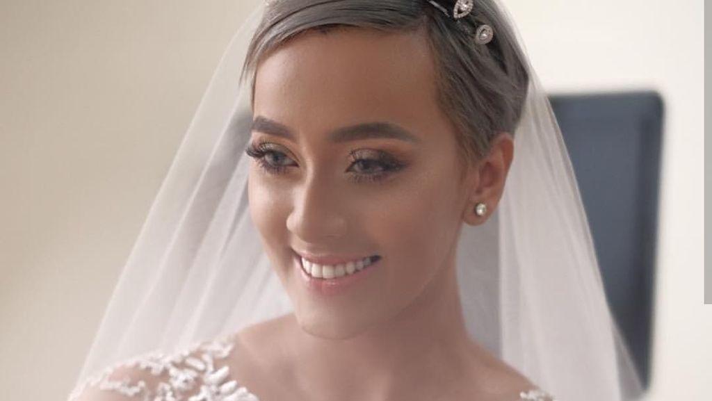 Cantiknya Kimmy Jayanti, Senyuman Nicky Tirta Hadapi Perceraian