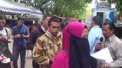 Warga Makassar Ramai-ramai Tukar Uang Jelang Lebaran