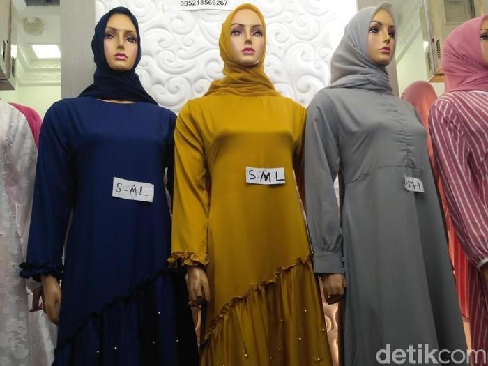 Gamis Seperti Ini Jadi Tren Baju Lebaran 2018 Di Tanah Abang 16ebadad3d
