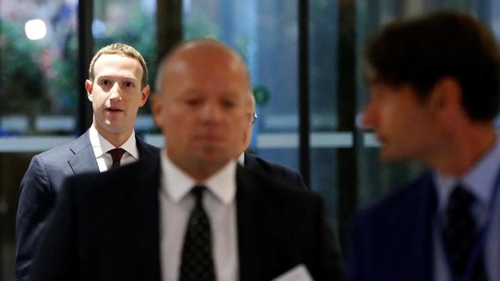 Facebook menepis kabar larangan penggunaan iPhone oleh Mark Zuckerberg (Foto: Reuters)