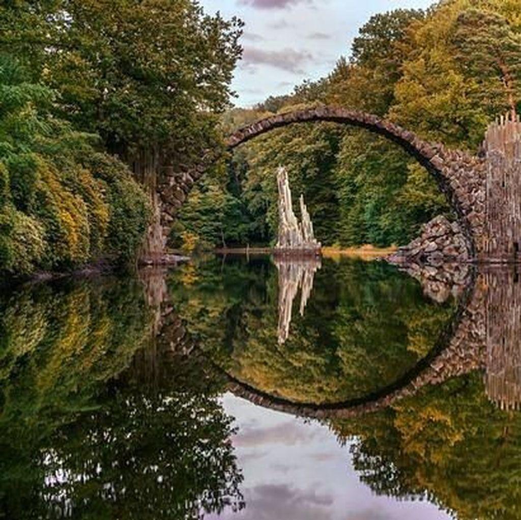 Foto: Jembatan Setan yang Misterius di Jerman