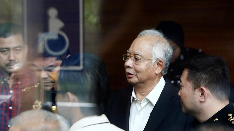 Rumah Persembunyian Najib di Putrajaya Digeledah Polisi Malaysia