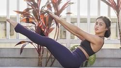 Nadira Diva Vitani adalah seorang penggemar gaya hidup sehat yang senang membagikan rutinitasnya. Ia dipuji warganet karena bentuk tubuhnya yang berotot ideal.