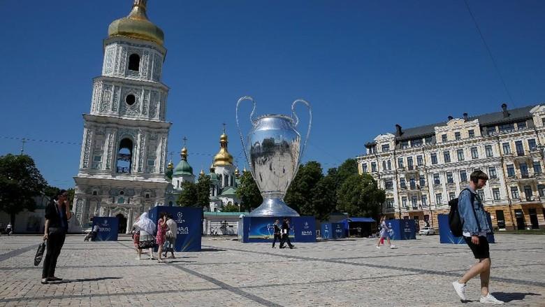 Yuk, jalan-jalan di Kiev sebelum nonton final Liga Champions (Valentyn Ogirenko/Reuters)
