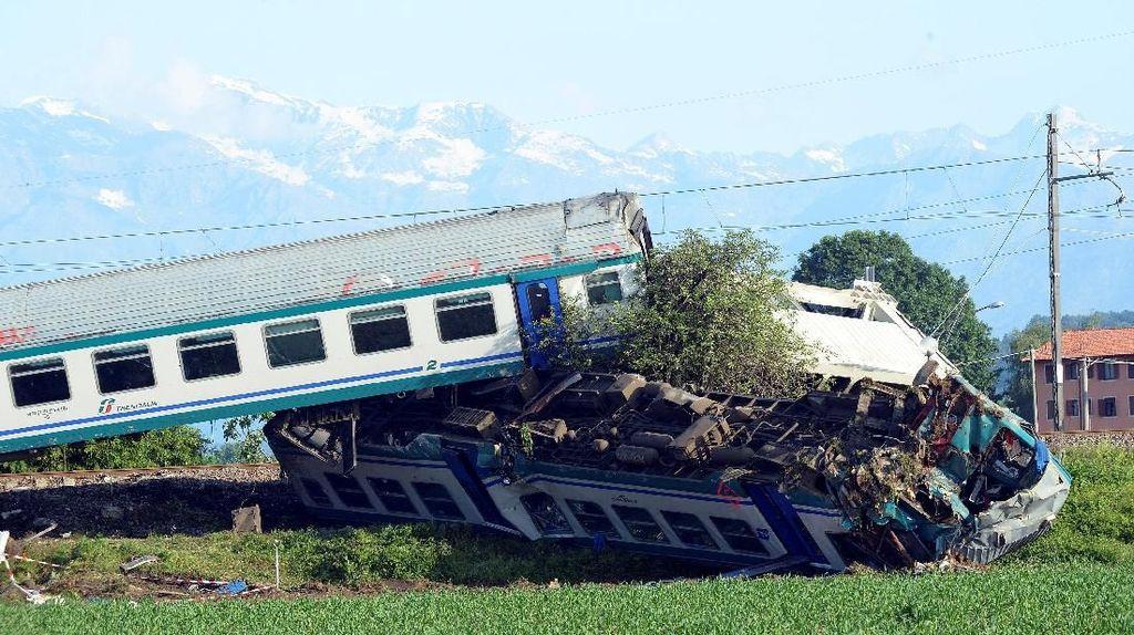 Parahnya Tabrakan Kereta-Truk di Italia yang Tewaskan 2 Orang