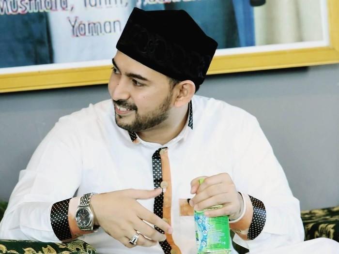 ustaz ahmad al habsyi makan
