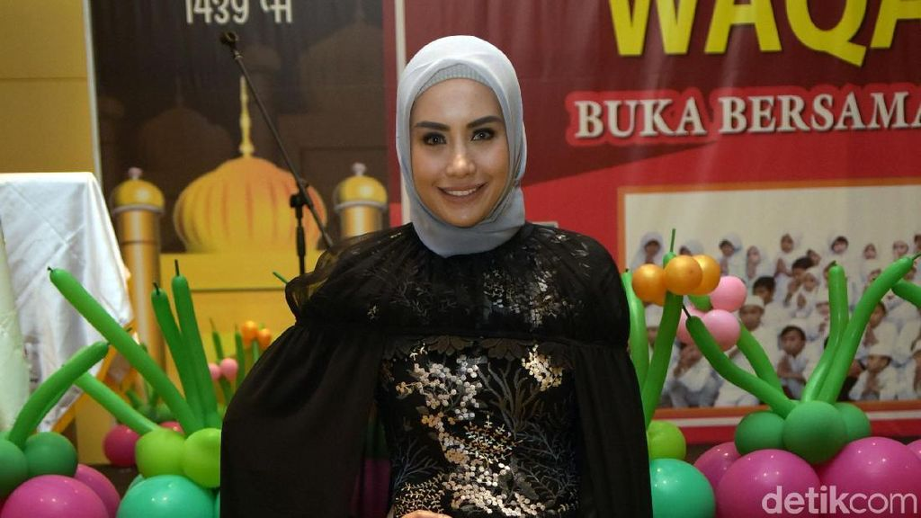Ramadan Tahun Lalu Galau, Kini Shinta Bachir Sudah Nikmati Hidup