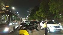 Mobil Tabrak Separator Busway di Thamrin Arah Bundaran HI