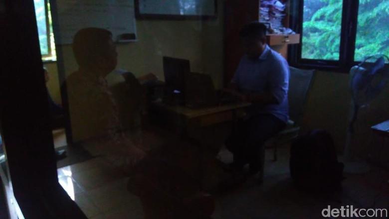 Camat Baki Sukoharjo Kena OTT Saat Transaksi Suap di Kantornya