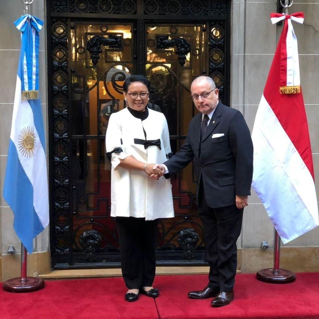 Indonesia Minta Pengurusan Visa ke Argentina Dipermudah