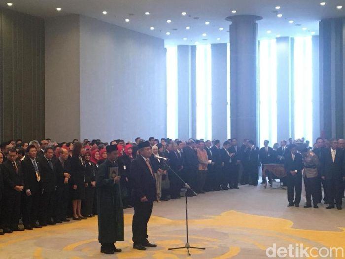 Perry Warjiyo dilantik jadi Gubernur BI/Foto: Sylke Febrina Laucereno-detikFinance