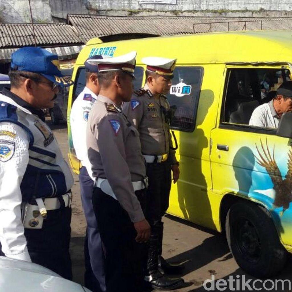 Polisi Temukan Bus di Sukabumi yang Tak Pakai Rem Tangan