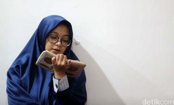 Mengaji Sambil Menunggu Buka Puasa di Masjid An Nahl BSD