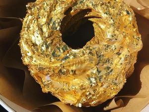 Mewah! Tren Makanan Berlapis Emas 24 Karat, dari Burger hingga Sushi