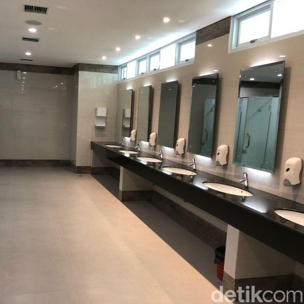 Begini Penampakan Mewahnya Toilet di Bandara Kertajati