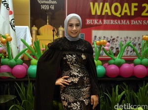 Gaya Hijab Modern, Shinta Bachir Minta Doakan Agar Lebih Syari