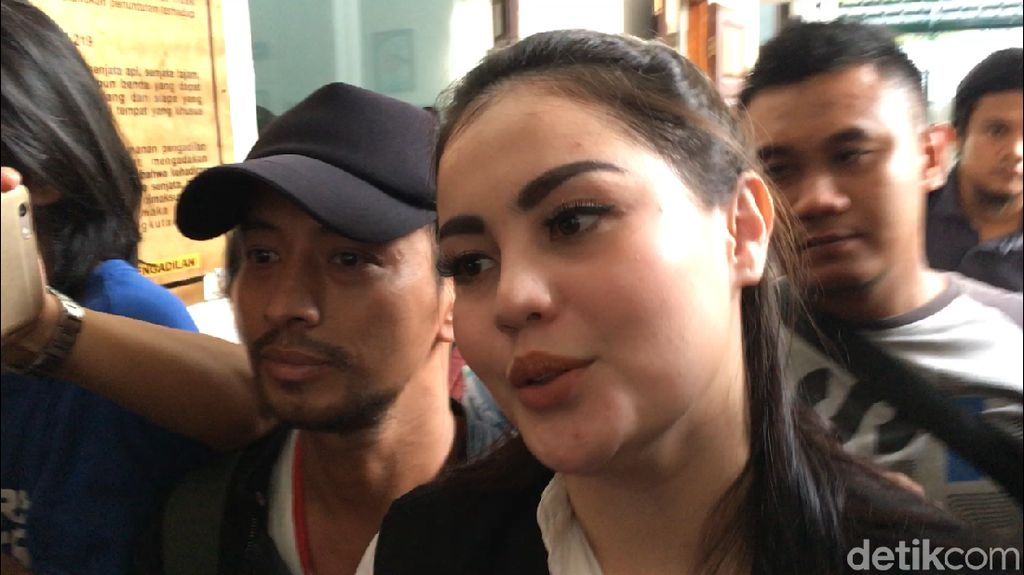 Ogah Dicap Kumpul Kebo, Jennifer Dunn-Haris Tunggu Situasi Buat Nikah Resmi