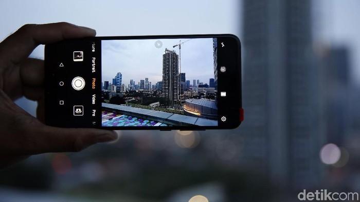 Huawei P20 Pro. (Foto: Amanda Rachmadita)