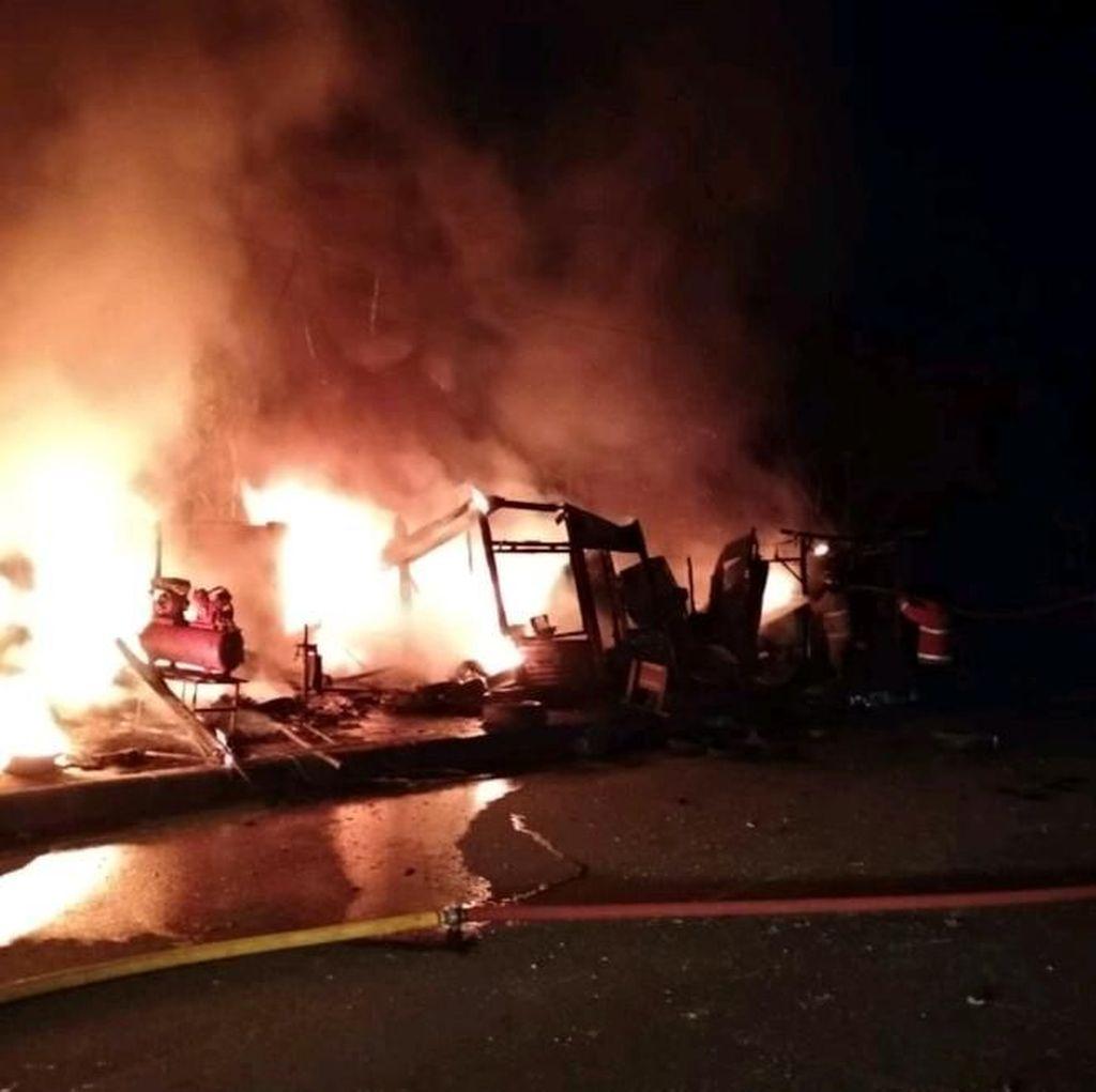 Bengkel Motor di Bogor Terbakar Akibat Spirtus Tumpah