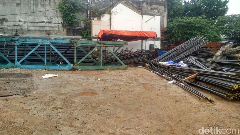 Drum Meledak Dekat Sidang Aman Ada di Proyek Apartemen, Brimob Masuk