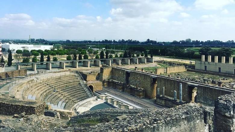 Amphitheater Italica di Spanyol (lizw6/Instagram)